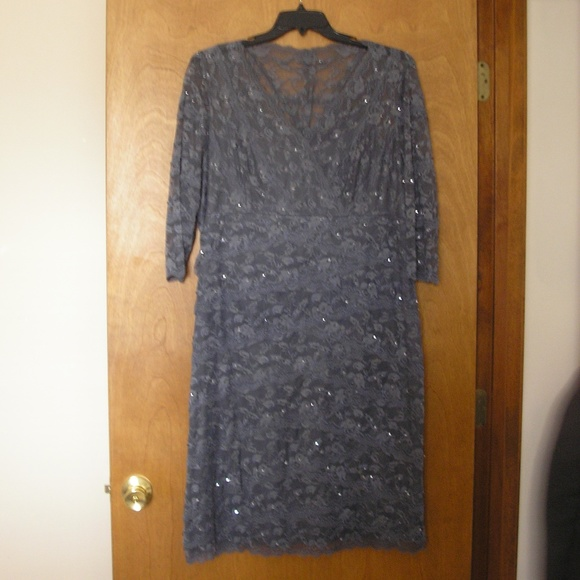 MARINA Dresses & Skirts - Dress